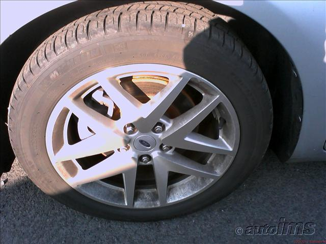 سيارة