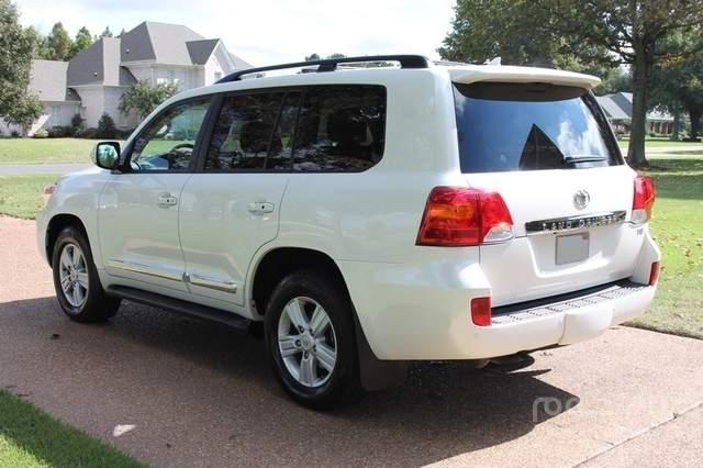Used 2013 Toyota Land Cruiser 4WD – SUV