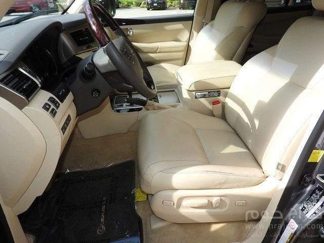 لكزس LX 570 سيارات الدفع الرباعي للبيع.