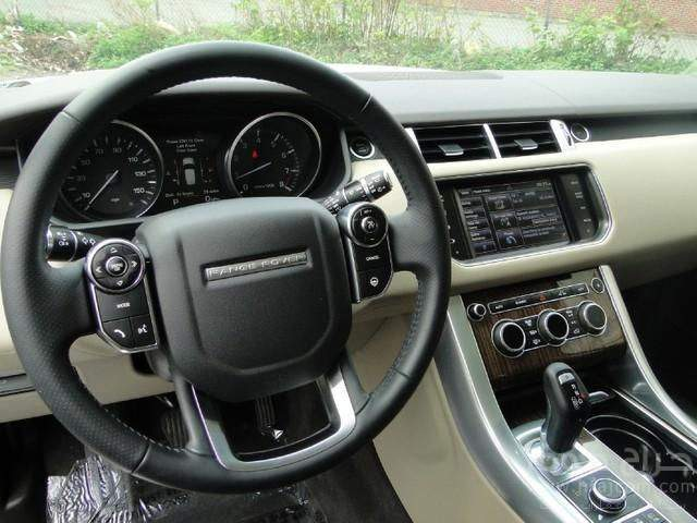 Range Rover Sport 3.0 Supercharged HSE