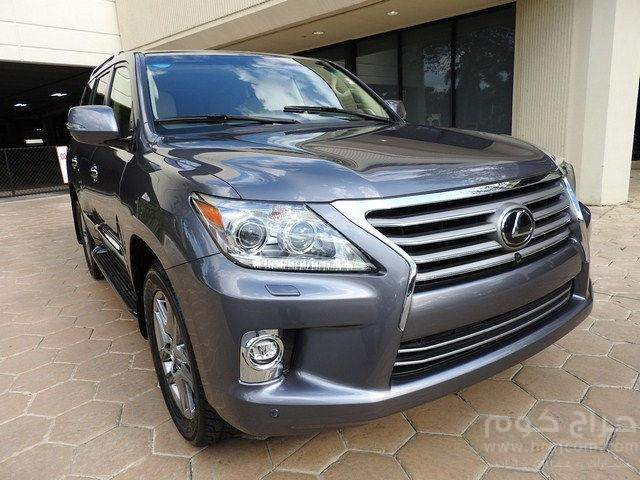 2014 Lexus Lee 570 Available