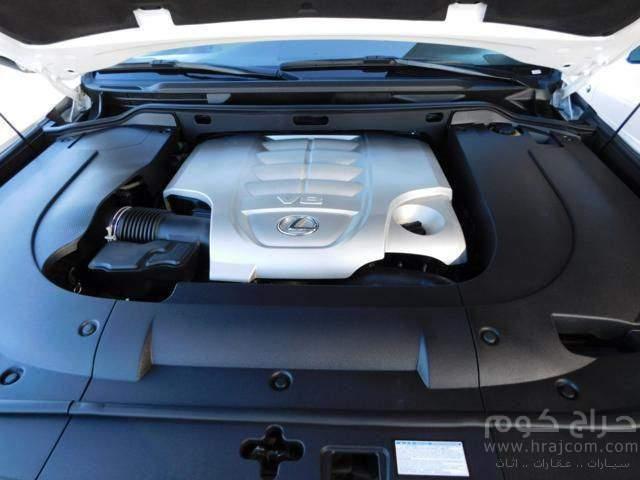 لكزس LX 570 2014 سيارة عائلية متعددة الأغراض